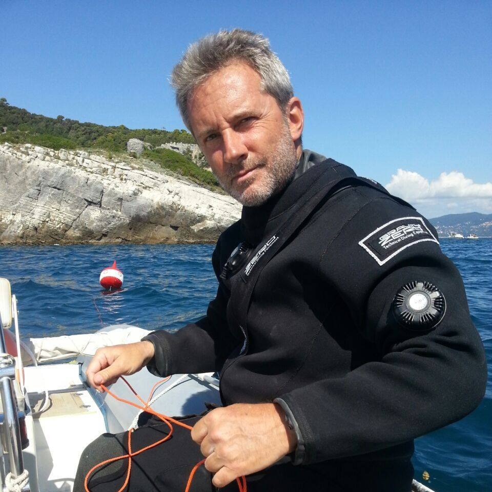 Alfonso Pascucci by GRAVITY ZERO Diving TEAM