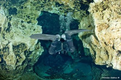 Cave Diving: Miroslav Stehno in azione