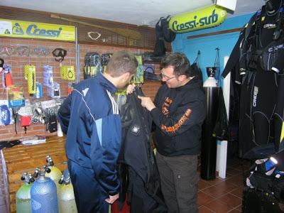Oscar Alegre - Gravity Zero Dry Suit Course